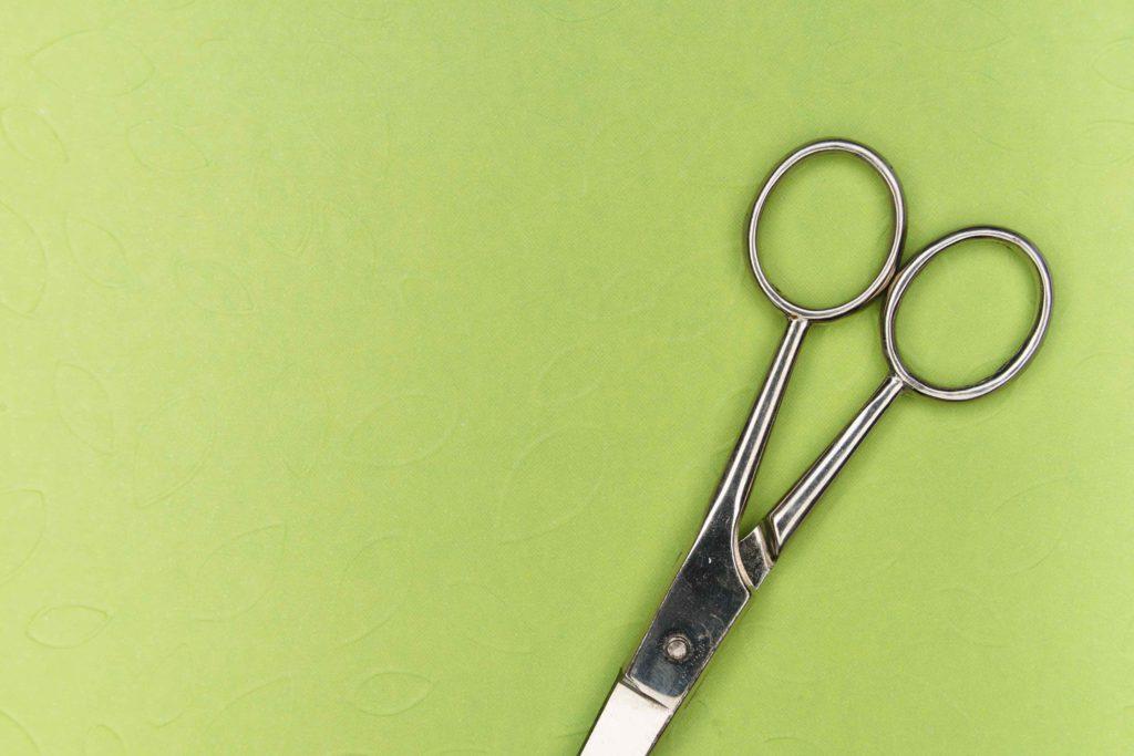 scissors-green-the-snip-vasectomy
